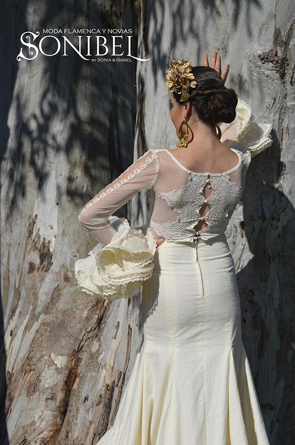 traje-flamenca-beig1